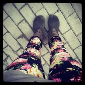 Esimene rõivaost internetist -  minu lillelised püksid!